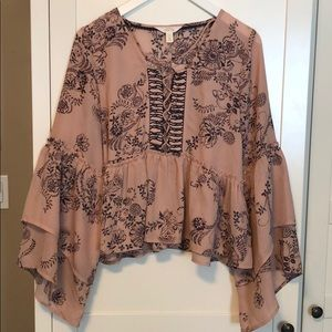 Sun & Shadow Paisley Bell Sleeve Cropped Top